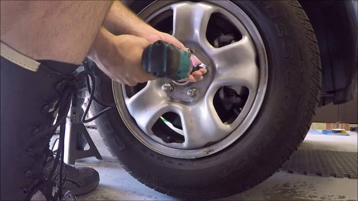 How to Rotate Tires with